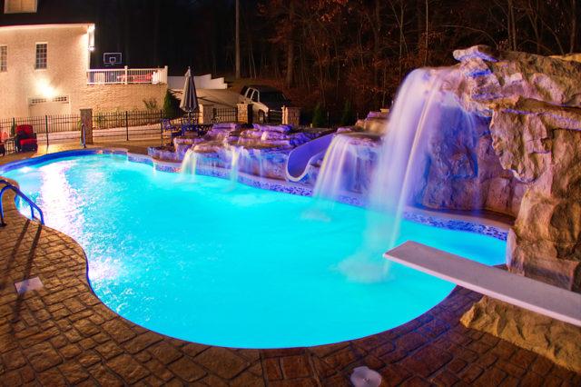Taj Mahal pool, djup pool, exklusiv pool i Sverige, nordisk pool, pool med hög kvalitet